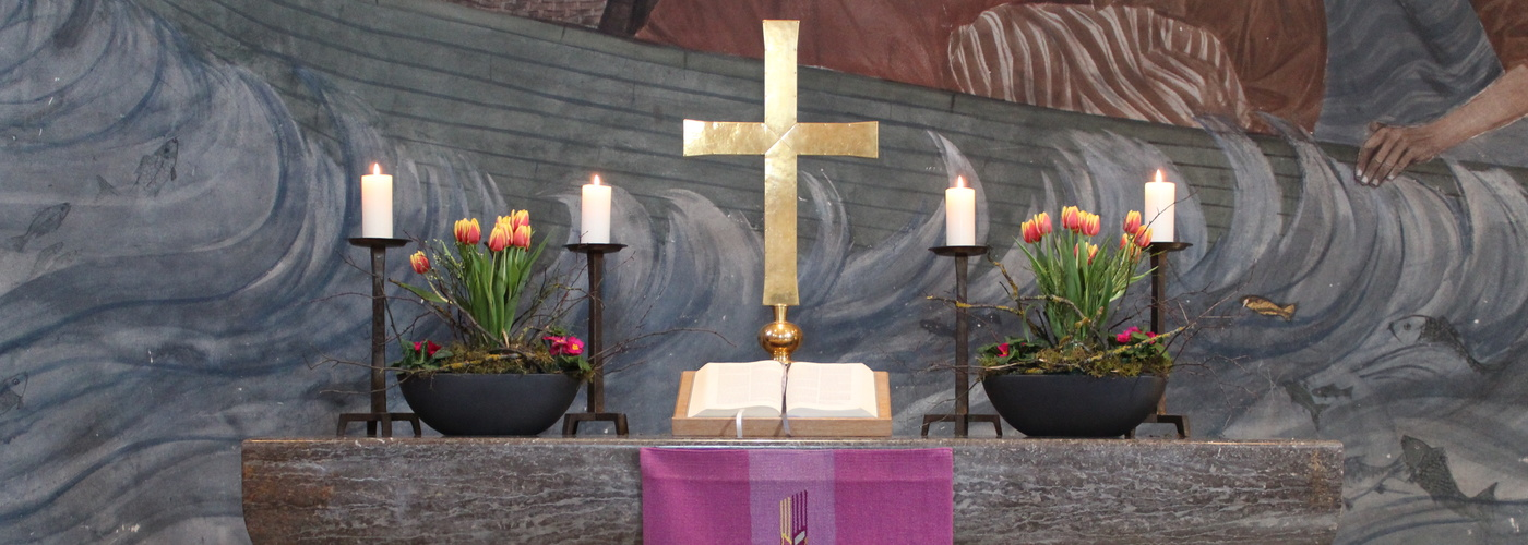 Altar Genezareth-Kirche